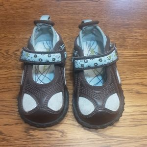 Girl's preowned Merrell shoes 4 $ 32.00 # 1437